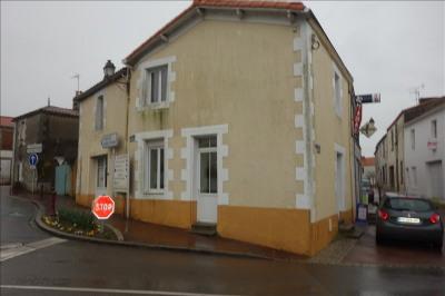 Maison de bourg palluau - 4 pièce (s) - 110 m²