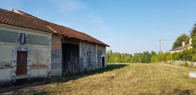 Maison à rénover + grange