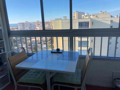 CArnon appartement T2 avec vue mer et parking privé