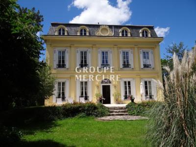 Magnifique propriété du XIXe s - Environ 380 m² habitables -