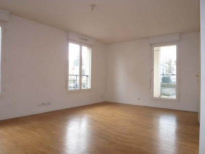 Rental apartment St Cyr l Ecole