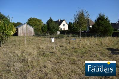 Terrain 715 m² orval-sur-sienne
