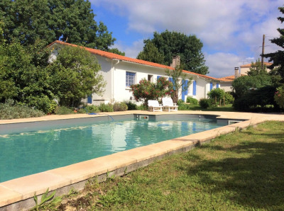 Maison Mornac Sur Seudre 6 pièce (s) 181 m²