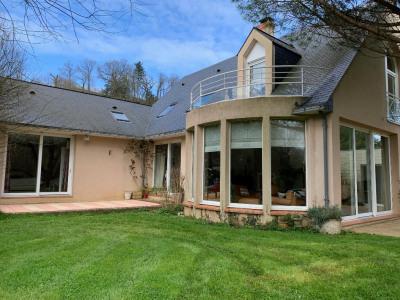 Maison Saint Jean Sur Mayenne 8 pièce(s) 228 m2