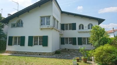 Maison Dax 12 pièce (s) 241 m²