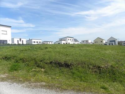 Terrain constructible st ave - 897 m²