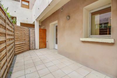 Nîmes agréable T2 de 32m² avec terrasse privative de 10m²
