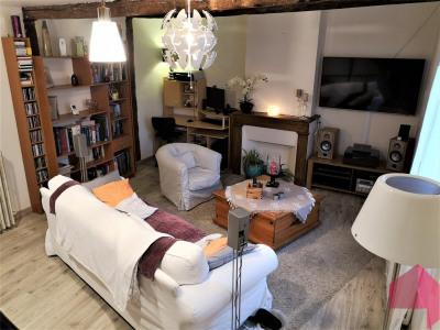 Maison de village avec sortie - 135 m² - calme