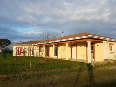 Villa Aire Sur L Adour 4 pièce (s) 134 m²