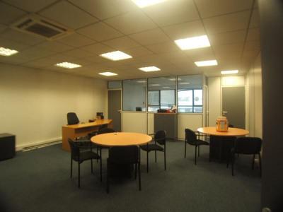 Bureaux, 73 m² - Limas (69400)