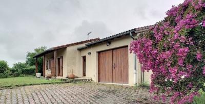 Plain pied Brioude sur 785 m² terrain