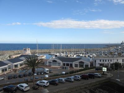 Grand T2 proche port Toga- vue mer