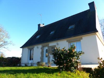 Maison aux portes de Saint Evarzec