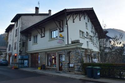Maison de village avec terrain