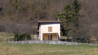 Ancienne maison de vigne sur terrain de plus de 6000m² et bo
