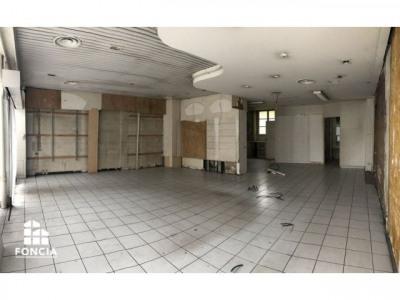 PLACE DU BREUIL Locaux commerciaux 1 pièce 78,89 m²