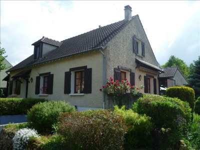 Maison Mouroux 8 pièce (s) 280 m²