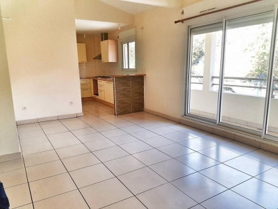 Appartement T4 duplex LA POSSESSION - 4 pièce (s) - 78.11 m²