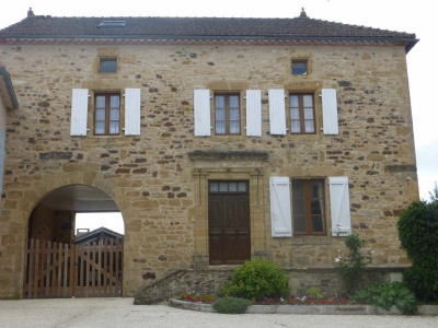 Maison de village St Caprais
