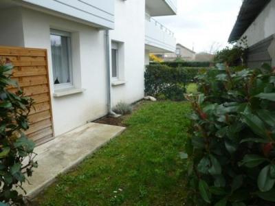 Croix d'aurade - T2 rez-de-jardin avec parking sous - sol