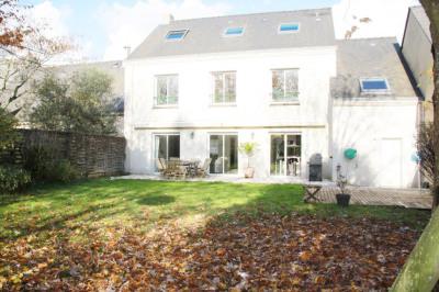Maison Nantes Proche de l'Erdre 10 pièce (s) 260 m²