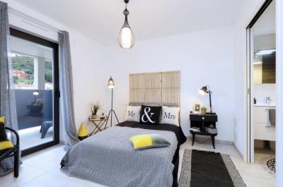 Appartement T4 vue mer avec places de parkings, cave et terr