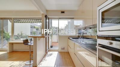 Appartement NEUILLY SUR SEINE - 3 pièce (s) - 83 m²