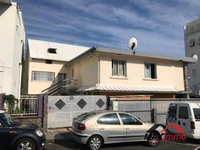 Immeuble st denis - 4 pièce (s) - 0 m²