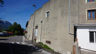 Bâtiment à rénover - 1 minute gare de Bonneville