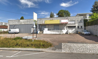 Sortie EST LIMOGES - Local 900m² avec stationnements