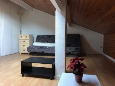 Studio meublé Aire Sur L Adour 1 pièce (s) 18 m²
