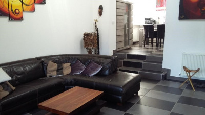 Maison Type Loft Saint Quentin 6 pièce (s) 140 m²