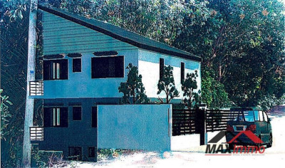 Ensemble immobilier st joseph - 6 pièce (s) - 0 m²