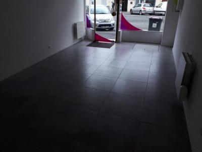 Local commercial Saint Quentin 1 pièce(s) 70 m2