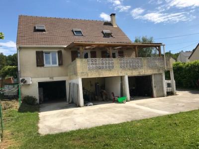Maison Mouroux 6 pièce (s) 125 m²