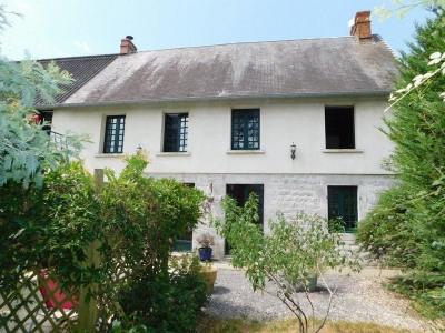 Maison en pierre- 3 chambres-Jardin et dépendances