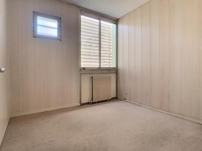 Location Local professionnel - 8,57 m² - 0 ch