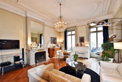 Appartement Lyon 3 pièce (s) 103 m²