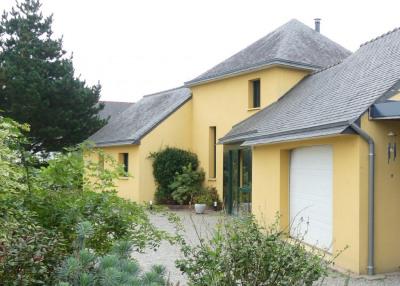 Maison Ploneour Lanvern 5 pièce (s) 128 m²