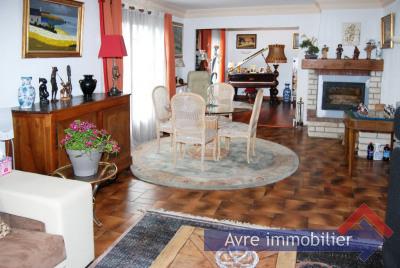 Maison Breteuil 6 pièce(s)