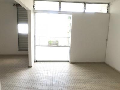 Appartement Les Abymes 4 pièce (s) 50 m²