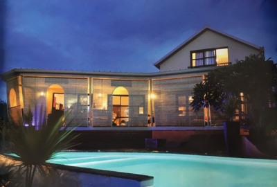 Villa d'architecte T6 - piscine jacuzzi - la possession