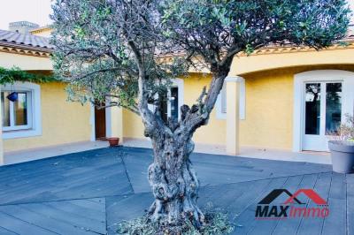 Maison vendres - 6 pièce (s) - 200 m²