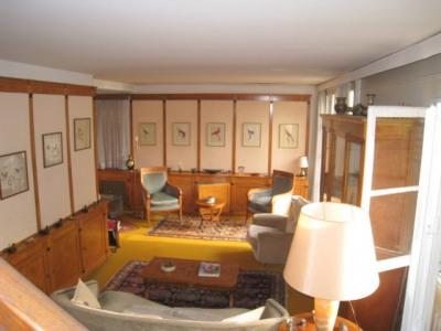 Maison La Celle Saint Cloud 8 pièce(s) 160 m2