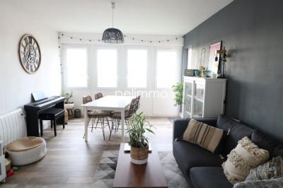 Appartement Salon De Provence 4 pièce(s)