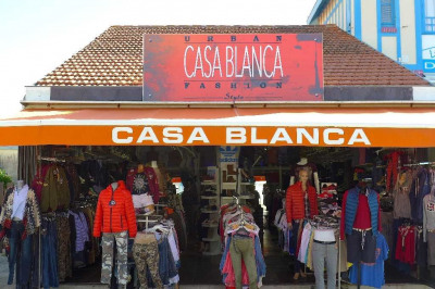 Casa blanca.... La boutique... For sell