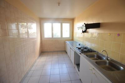 Appartement de type 4 de 78 m² en très bon état