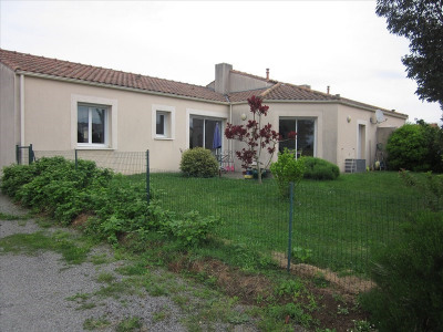 Maison STE PAZANNE - 4 pièce (s) - 99 m²