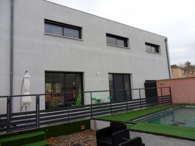 Maison Althen-des-paluds 4 pièce(s) 132.13 m2