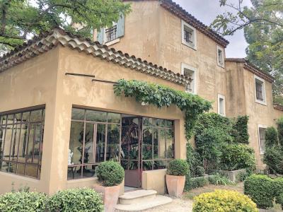 Maison Avignon proche 9 pièce (s) 240 m²